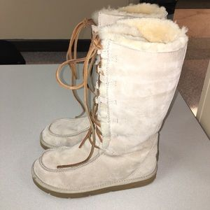 UGG Shoes - UGG Australia Cozy Warm Shearling Lined Boots - 8